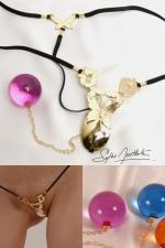 String Papillons de Jouissances (Or) - String bijou papillons d'Or avec une boule pénétrante très intime.