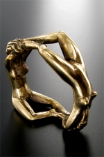 Bijou de gland Endring - Un anneau en bronze sculpté pour honorer votre  gland.
