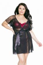 Déshabillé Exquise (Grande taille) - Peignoir léger en tulle et dentelle fermé par une ceinture satin, pour déshabiller les rondes sexy.